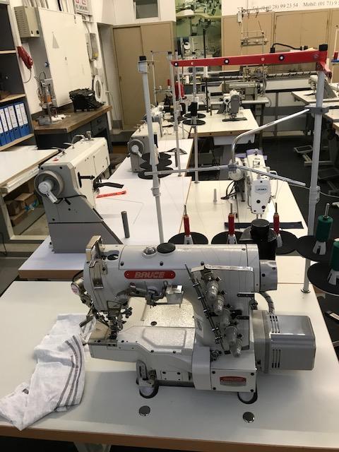 Bruce 664 ADI-UT  Coverlock Maschine Brand New